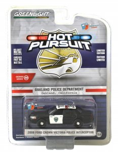 Greenlight Hot Pursuit Serie 30 2008 Ford Crown Victoria Police Interceptor 1:64