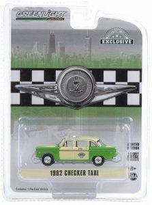 Checker 1982 Motors Marathon A11 Chicago Taxi Greenlight 1:64