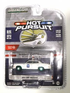 Greenlight Hot Pursuit Serie 36 1974 AMC Matador 1:64 - GREEN MACHINE